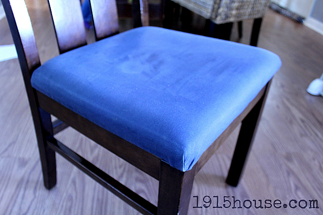 Old Dining Room Chairs Can Be Easily Recovered!