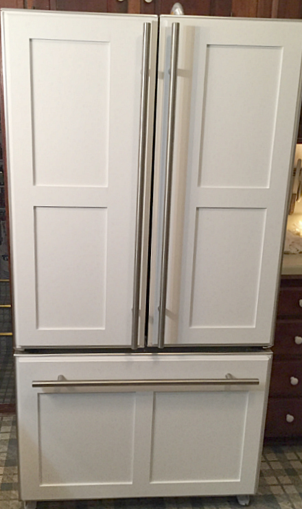 Appliance paint is perfect for painting a refrigerator -