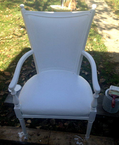 Paint a thrift store velvet chair for a whole new look!