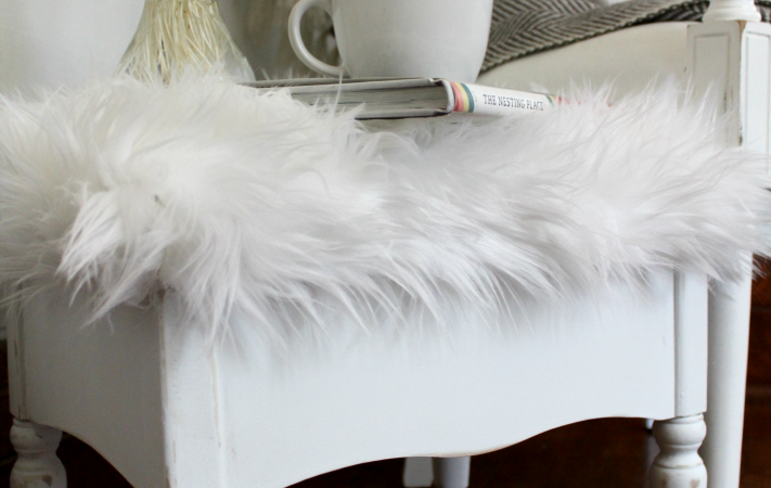 Quick and Easy Footstool recover using chalk paint and faux fur
