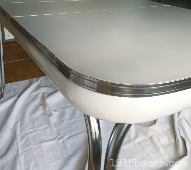 Superior Update That Ugly Old Formica Table With THIS Paint!