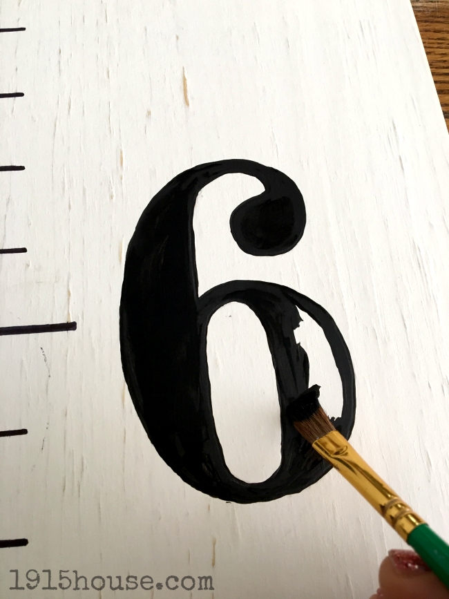 No need for a stencil - trace your growth chart number outlines and fill in with paint!