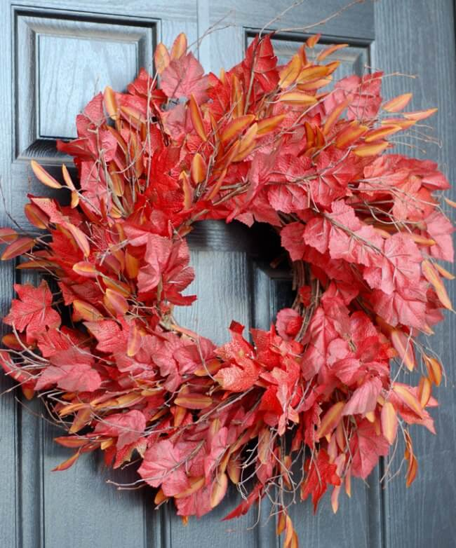Easy peasy fall wreath trick! This is a game changer..