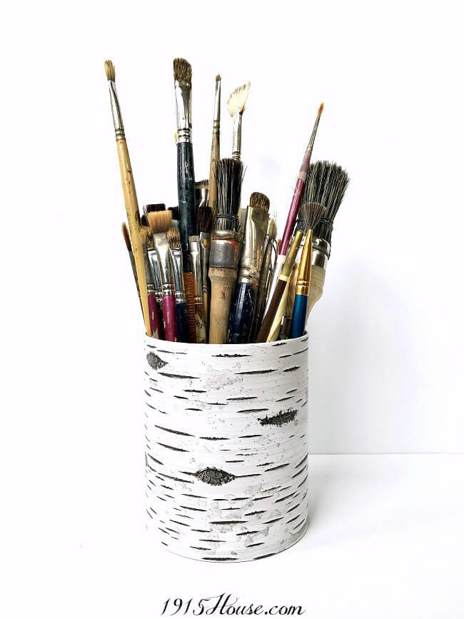 Easy Organizer DIY   Simple organizer idea using recycled cans - this can be used for so many things! And it's virtually free- Organization   DIY   Recycle   Upcycle  