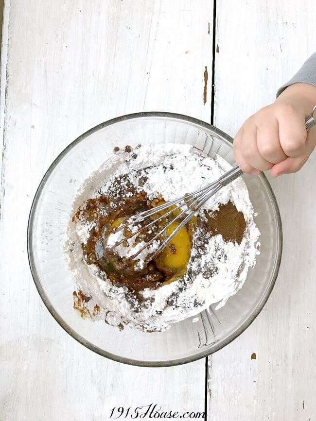 Chocolate molten lava cake with espresso - with some secret shortcuts! This is going to be my new go-to dessert recipe to whip up when I'm in a hurry!