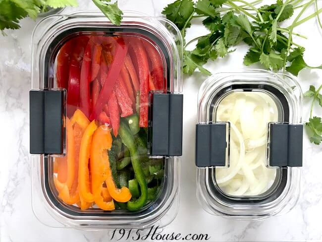 Meal planning and prep made easy - wish I had thought of this sooner! Meal planning | Meal Prep | Organization | Easy Dinner plan | Save money
