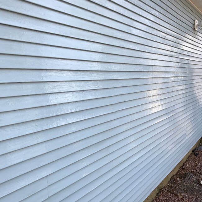 How to clean vinyl siding with NO chemicals | vinyl siding | spring cleaning | how to clean siding | steam cleaner |