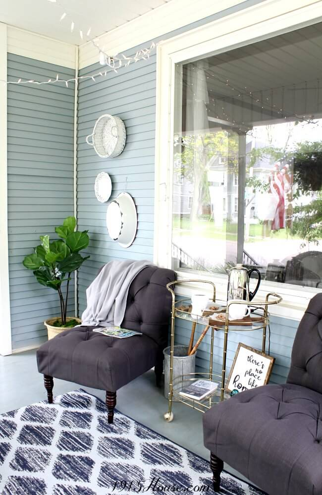 Create an inviting space without breaking your budget | Front porch | outdoor decor | budget friendly