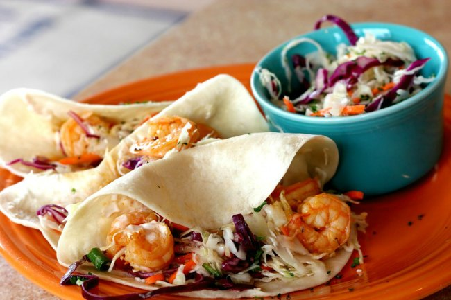 Shrimp Tacos on the grill are sure to be a huge hit! Shrimp Tacos | Grill Recipes | Summer Cookout | Grilling