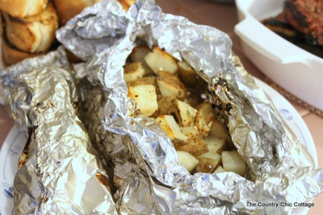 Grill Recipes | Potatoes on the grill | How to grill potatoes | Campfire cooking