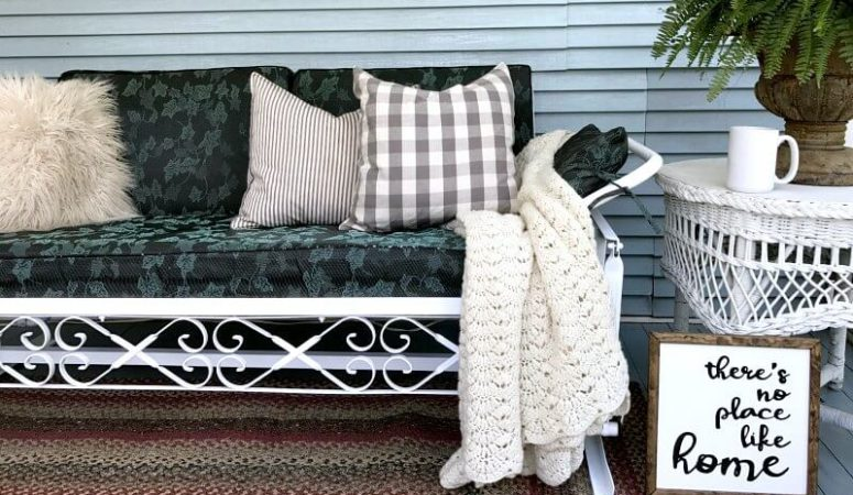 how to paint old metal furniture- the easy way