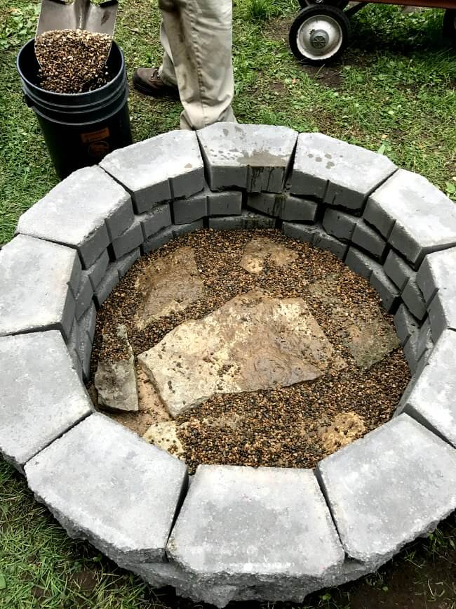 Easiest DIY fire pit for backyards