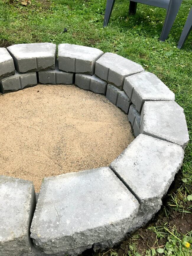 DIY fire pit in under two hours | fire pit | DIY summer project | back yard