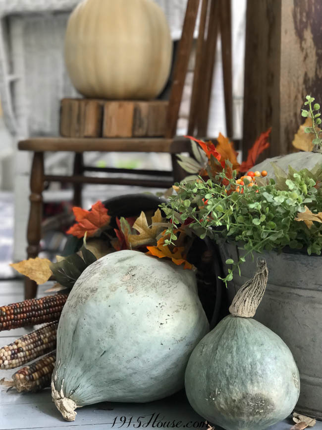 Stay on budget with your Fall decorating using these simple tips and tricks
