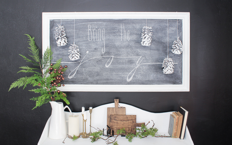 Easiest way to paint pinecones – free Winter decor